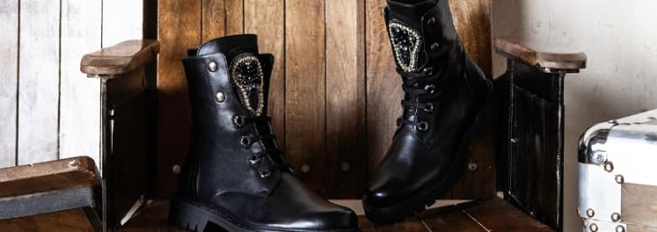 Black Friday Best Selling Styles: 25% Off Purchases at Daniel Footwear