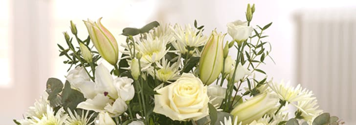 £5 Gift Card with Orders Over £35 at eFlorist