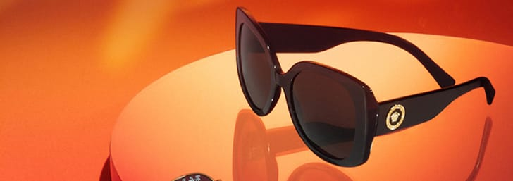 Save up to 50% on Orders Plus Free Delivery at Sunglass Hut